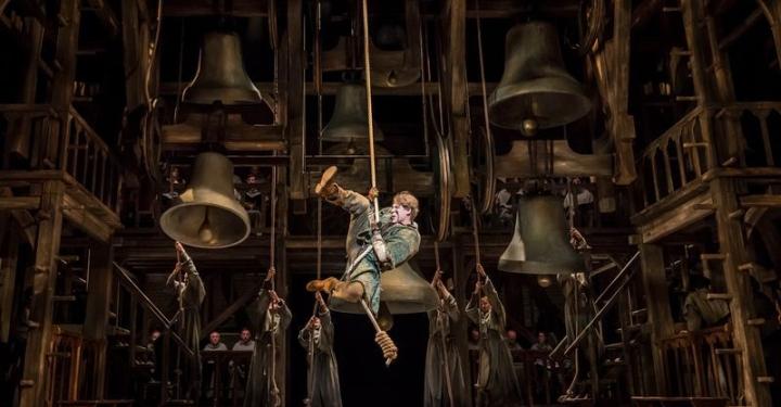 Review | Der Glöckner von Notre Dame – Stage Apollo Theater, Stuttgart, Germany ⋆ ⋆⋆⋆